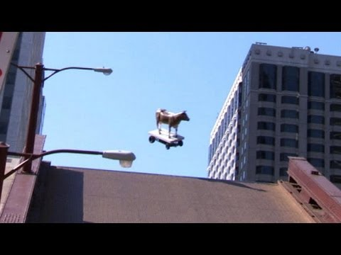 State Street Bridge Jumps: Picasso Statue, Mrs. O'Leary's Cow - CONAN on TBS | PopScreen