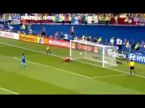 Inghilterra Italia 2 4 (dcr) - CUCCHIAIO DI PIRLO REMIX | PopScreen