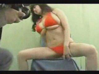 Busty japanese girl | PopScreen