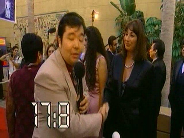 BANZAI - Mr. Shake Hands Man 2 - Anjelica Huston