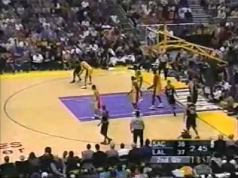 2001 NBA Playoffs: Kings at Lakers, Gm 2 part 5/12 | PopScreen