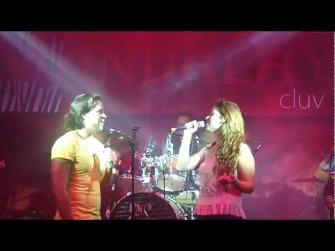 Mandalay Cluv Córdoba Héctor Silva & Lydia Cobian (Colgando En Tus Manos) 7.Abr.2012 | PopScreen