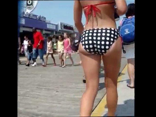 Candid Booty - Polka Dot Bikini Bubble Butt | PopScreen