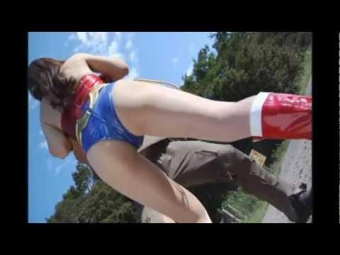 Wonder Lady VS American Monsters (second fight scene) [edit]   PopScreen