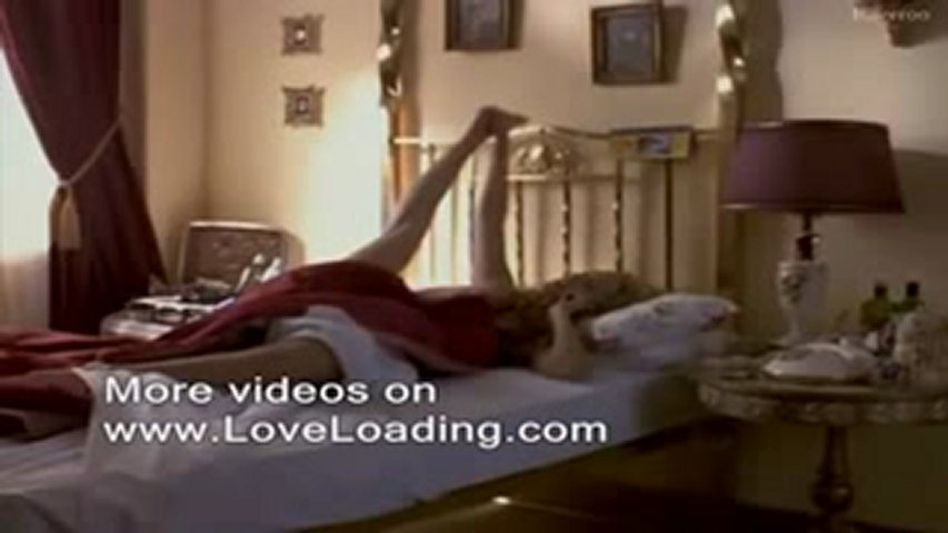 Elizabeth Berkley nude sex video | PopScreen