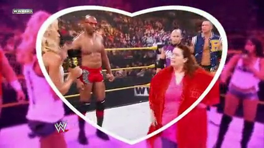 NXT Kissing Contest Review | PopScreen