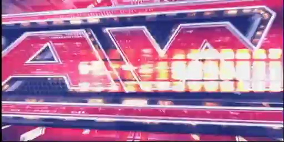 Wrestling Football : RAW Super Show 5/09/2011 : Eve Torres vs. Beth Phoenix