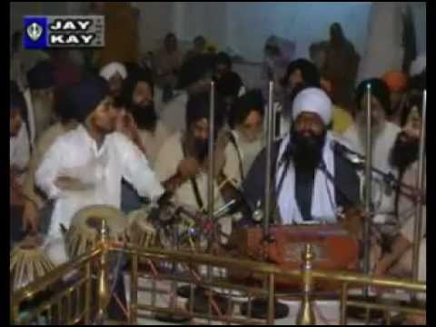Bhai Ravinder Singh Ji (Delhi) - GSS,Naryana,New Delhi Rainsabai Aug 2007 | PopScreen