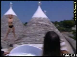 Alessia marcuzzi nuda backstage | PopScreen