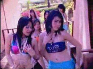 เซ็กซี่ แดนซ์ - thai girls sexy dance (1) | PopScreen