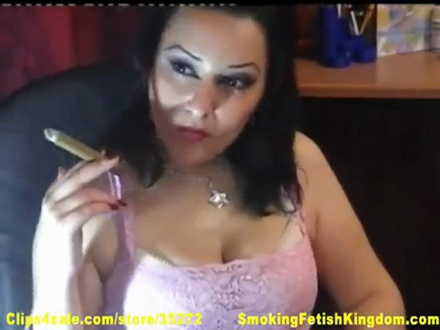 Kyanna smoking a cigar for SFK (part 3) | PopScreen