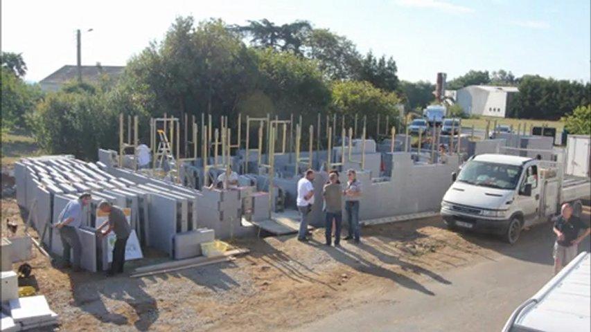 Construction d 39 une maison bbc en 38 heures popscreen for Aide construction maison bbc