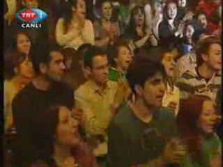 Candan Ercetin - Ah Bu Hayat Cekilmez | PopScreen