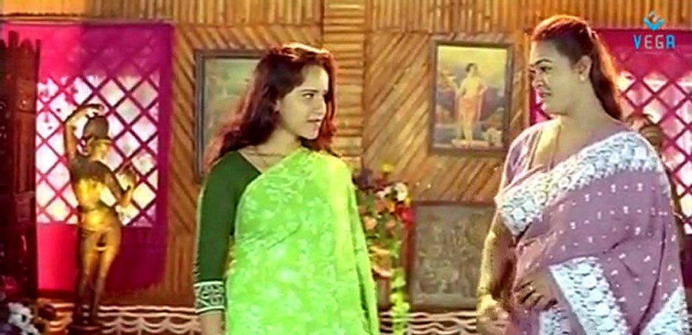 Mohanayanangal - Reshma Hot Scene | PopScreen