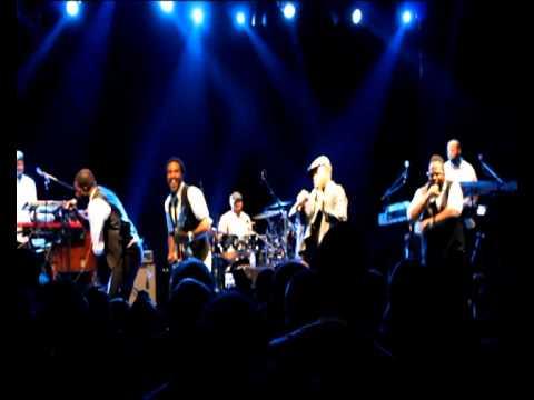 anthony-hamilton live perfomance in Paris (Live @ Le Bataclan, Paris) [2012-04-15] | PopScreen