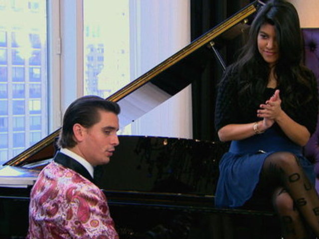 Kourtney and Kim Take New York _ The Pianist | PopScreen