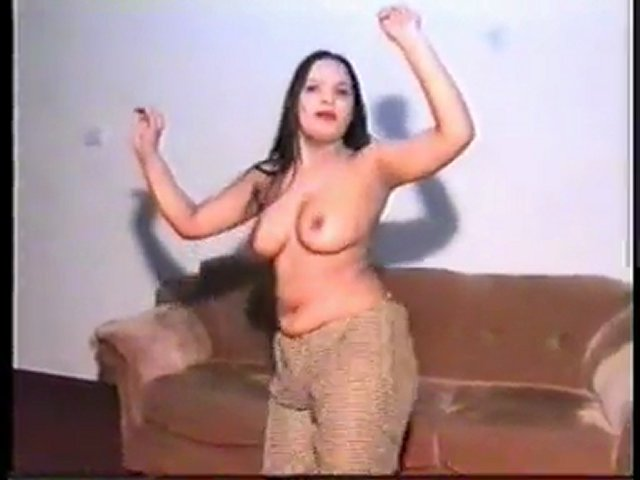 Hot Pakistani Mujra | PopScreen