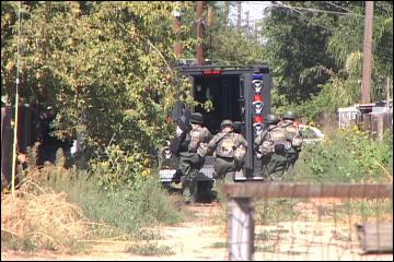 Stanislaus Sheriff SWAT team arrests suspect after standoff in Keyes | PopScreen
