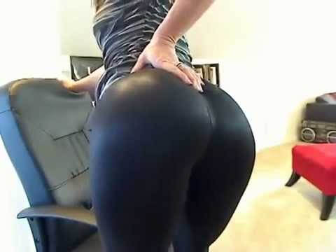 Leggins Cumshot onto
