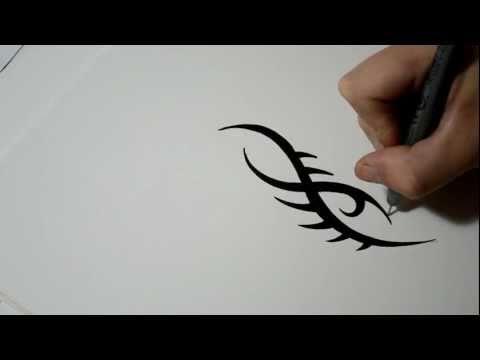 Рисованное тату карандашом на бумаге