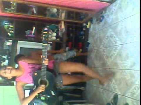menina cantando e dançando musica da adele | PopScreen