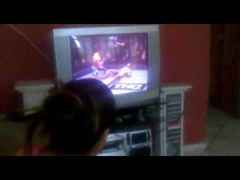 Isadora jogando UFC | PopScreen