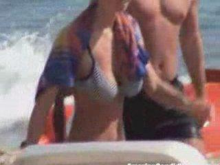 Bouncing Boobs In A Bikini   PopScreen