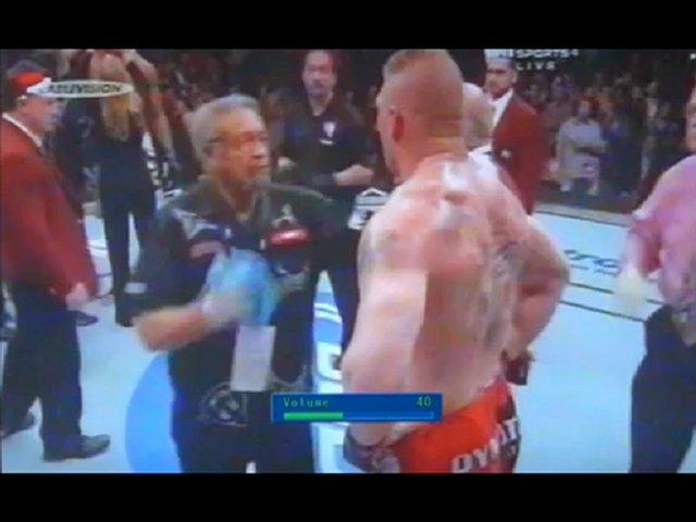 Video Fight Brock Lesnar VS Alistair Overeem | PopScreen