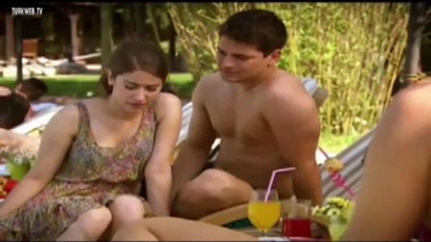 Emir and Feriha - Pool scene | PopScreen