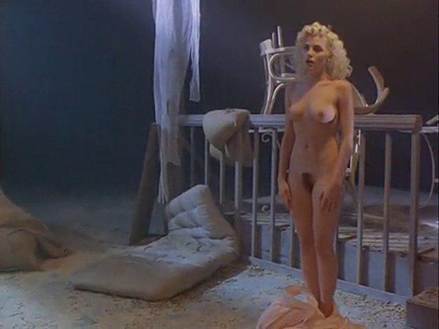 Sherilyn Fenn Oops - Sexy Erotic Girls