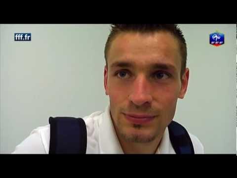 Equipe de France - réaction de Mathieu Debuchy après Suède-France | PopScreen