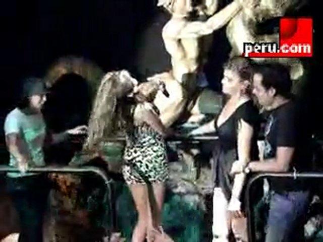 Tilsa Lozano en discoteca de lesbianas | PopScreen