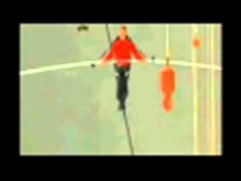 WAO !!! Nik Wallenda tightrope walks across Niagara Falls | PopScreen