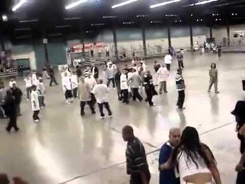 GANG FIGHT :Surenos vs MS-13 ! REAL ! | PopScreen