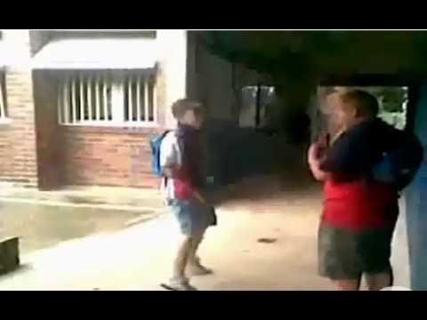 Tak kończą szkolni napinacze | PopScreen