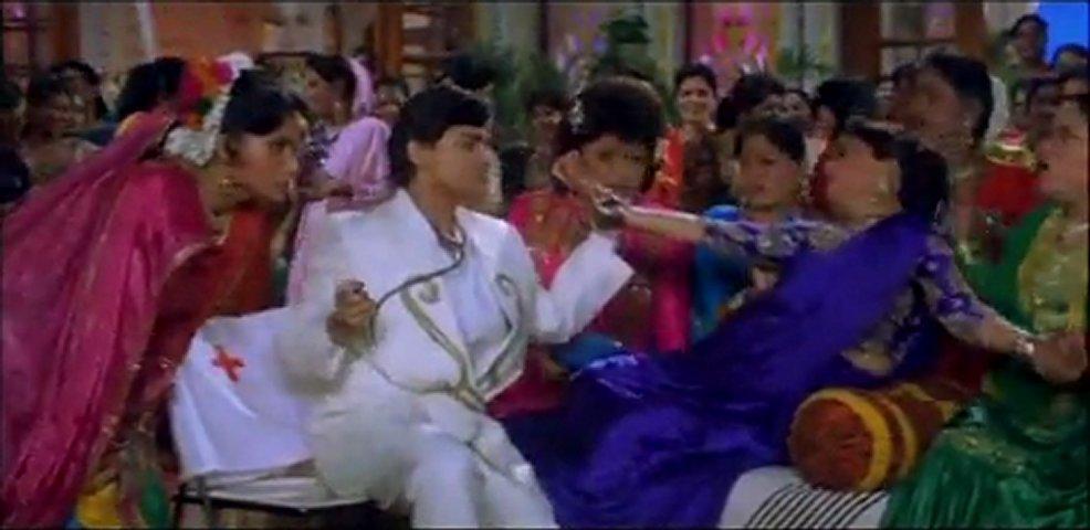 Hum Aapke Hain Koun! 10/17 Bollywood Movie Salman Khan & Madhuri ...